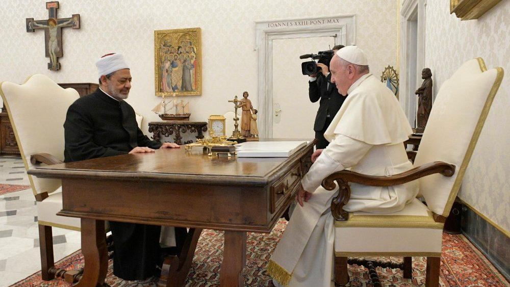 Papa y Gran Imán