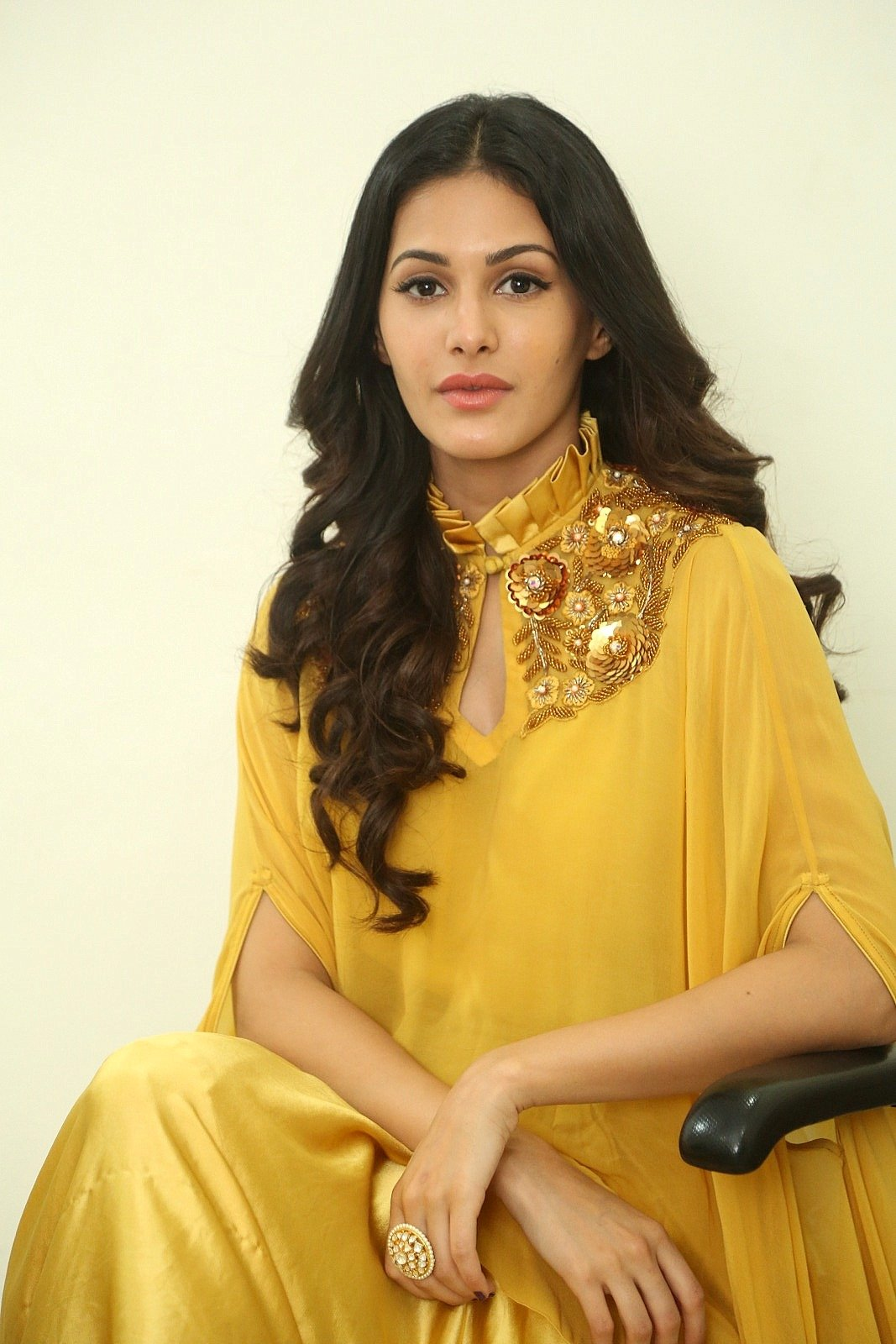 Amyra Dastur Interview About Manasuku NachindiAmyra Dastur Interview About Manasuku Nachindi