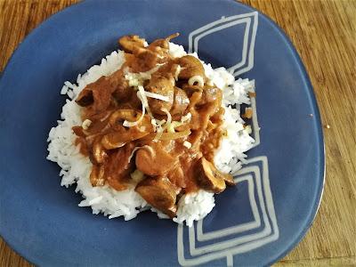 Ración de Strogonoff de setas con arroz basmati