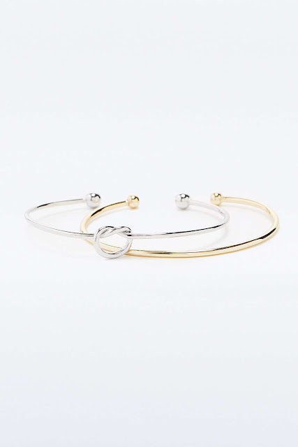 Knotted Cuff Bracelet - 17€ - Urban Outfitters