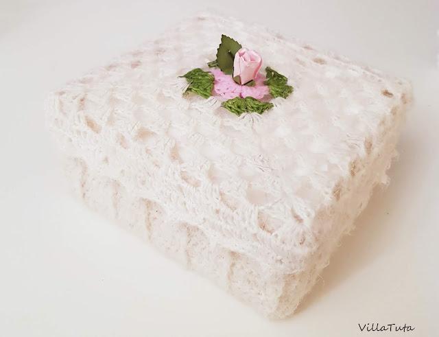 crocheted-box.jpg