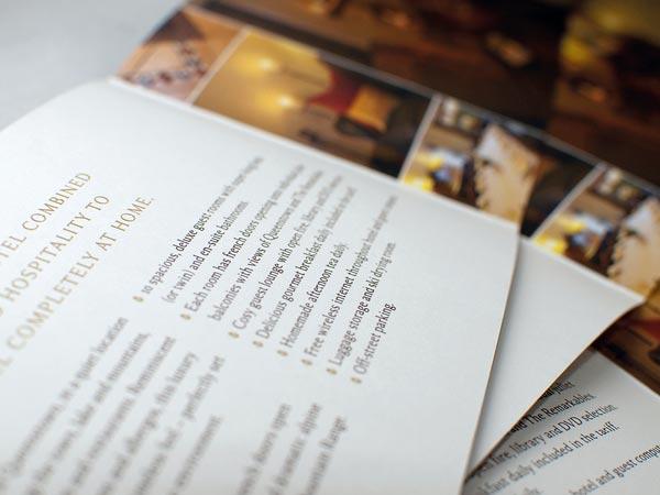 15 Best Examples of Hotel Brochure Design Ideas - Jayce-o-Yesta
