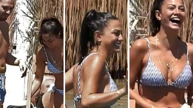 Demet Özdemir disfrutó de la playa con sus amigos