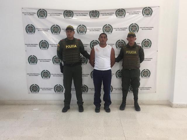 Celador wayuu del mercado de Riohacha hirió a un venezolano con un cuchillo
