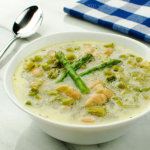 Asparagus and White Bean Soup