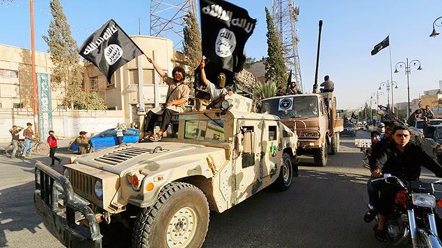 A CIA ajudou Saddam a tomar o poder! Quem ajudou o ISIS a crescer
