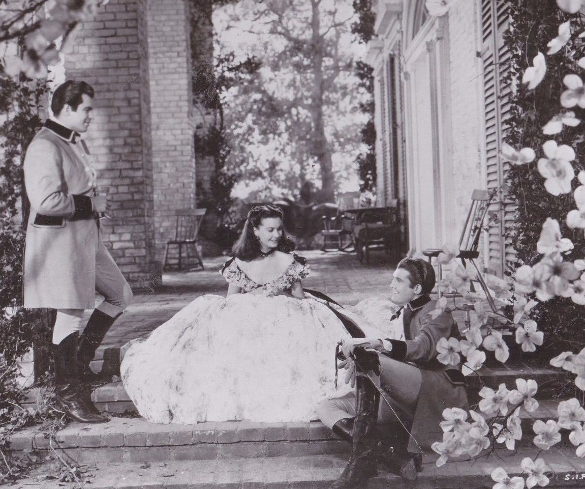 Fred Crane, Vivien Leigh & George Reeves try this scene for the 2nd time.