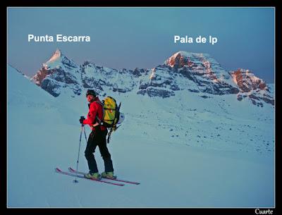 Aproximando a Punta Escarra para ascender por el corredor Norte