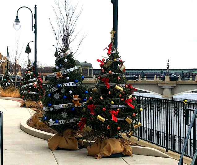St. Charles Holiday Tree Trail along the Fox River.