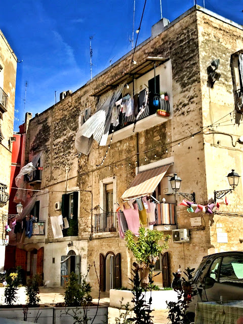 Gdzie zjeść w Bari, Apulia? Gdzie jest najlepszy street food w Bari? Co zjeść? Le Sgagliozze di Donna Carmela czyli street food w najlepszym włoskim wydaniu