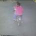 VIDEO - Cámara capta joven embarazada sin vida saliendo de cabaña