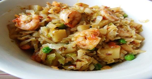 Stir-Fried Cabbage With Shrimp & Peas Recipe