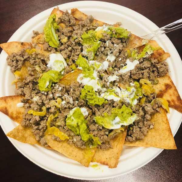 Ground beef nachos