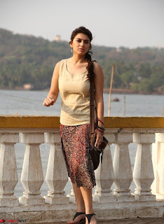 Hansika Motwani Looks super cute in movie Mande Suryudu 014.jpg