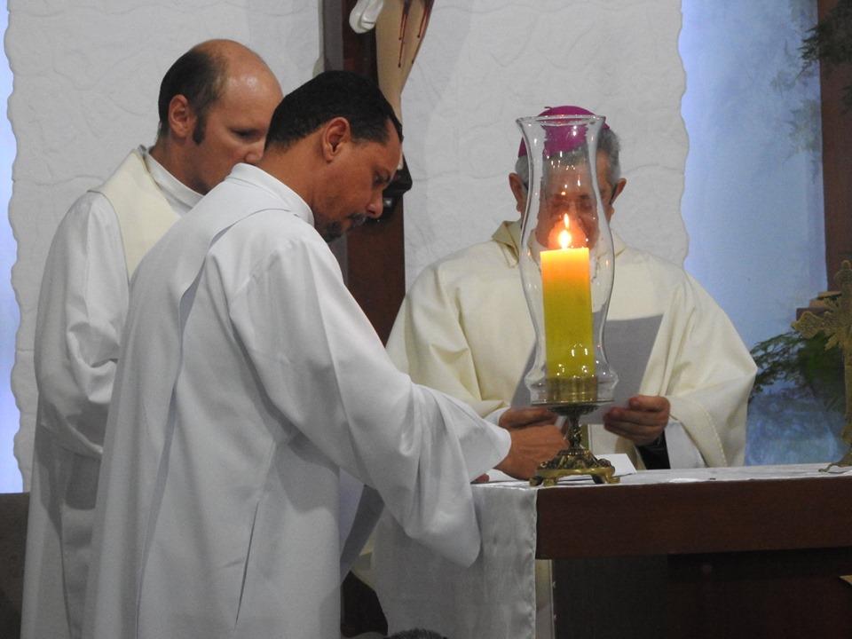Bispo Dom Dulcênio é recebido pelos Paroquianos de Aroeiras
