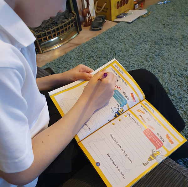 Children using Mindful journal