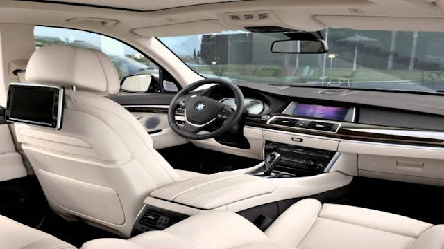 2017 BMW 5 SERIES SEDAN Interior