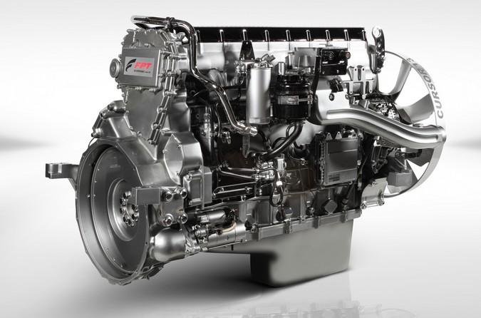 Com motor Cursor 13 de 1.200 cv, FPT Industrial impulsiona caminhões IVECO na Copa Truck