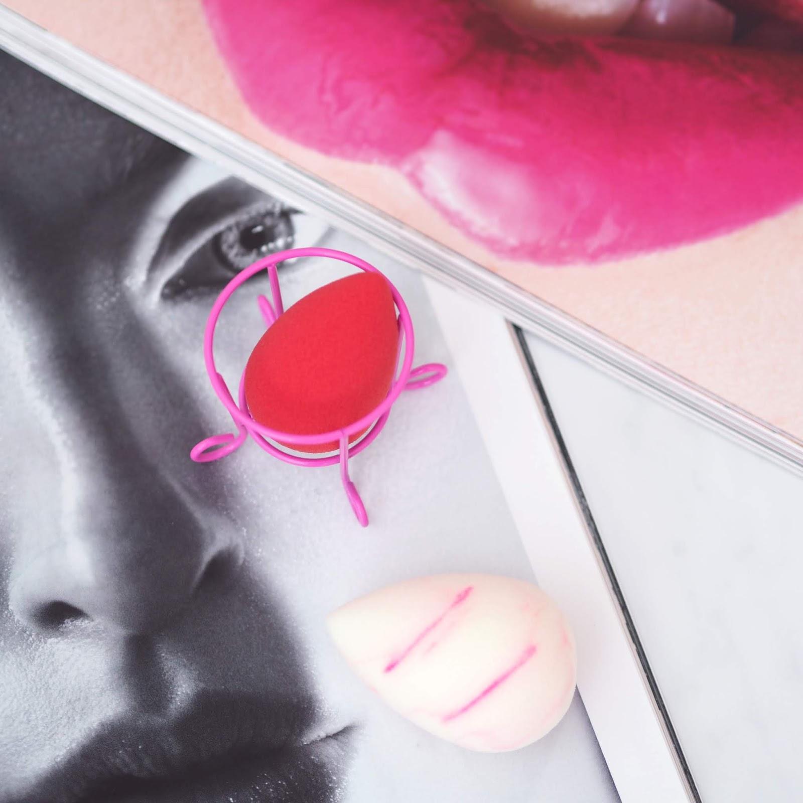 Original Beautyblender hubka na make-up