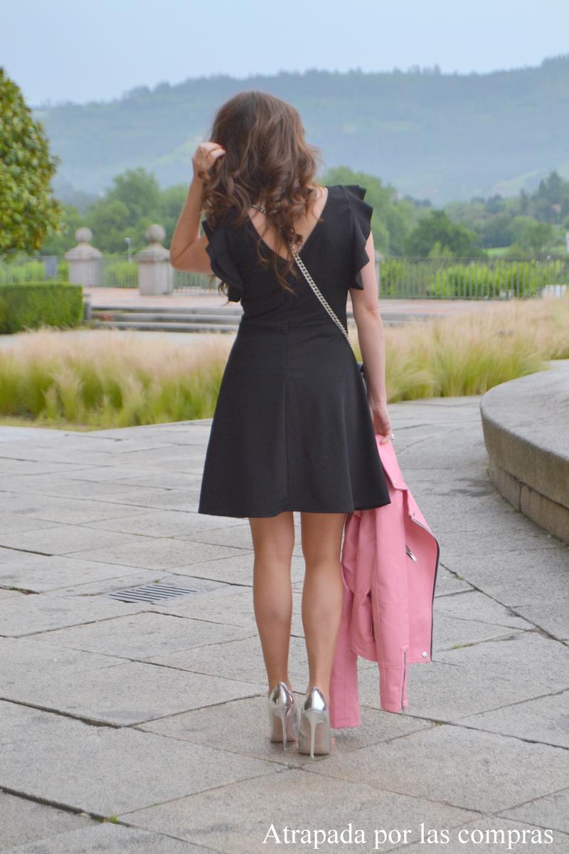 Atrapada por las compras lbd pink jacket - Moviendo perchas ...