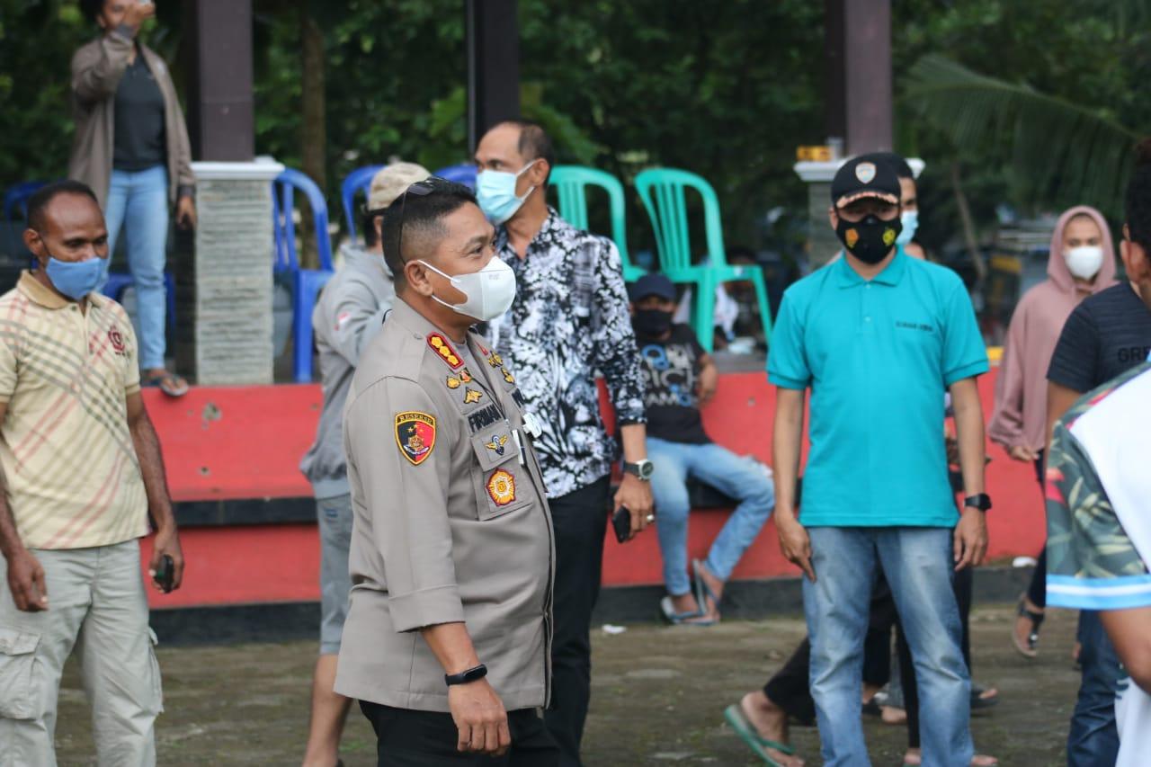 Polresta Banyumas Gelar Pertandingan Fun Football Bersama Mahasiswa Papua