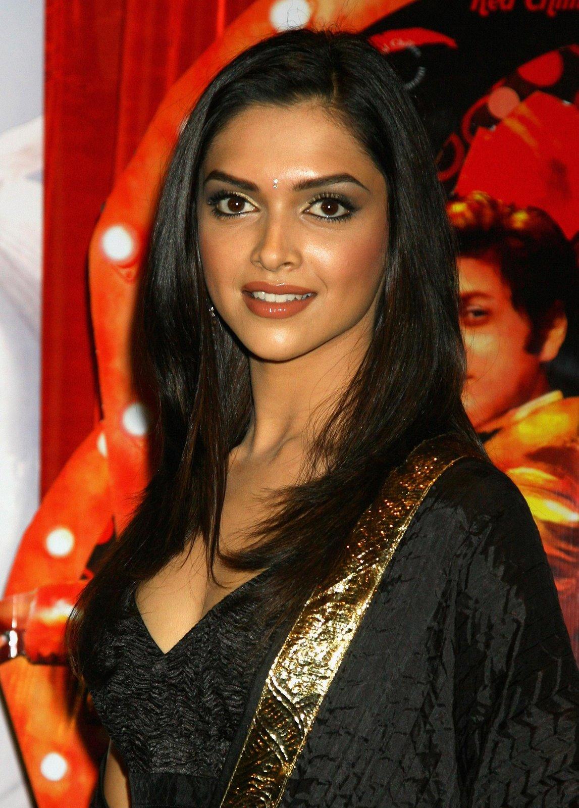 Dipika padukone hot and sexy | world of celebrity