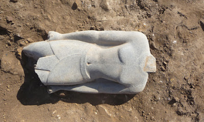 Statue of New Kingdom king unearthed in Luxor