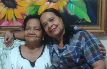 "https://www.notasrosas.com/ ""Diálogo con mi prima hermana, Carmen Moreu"""