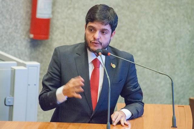 Delmasso parabeniza Bolsonaro pela nomeação de André Mendonça para o cargo de ministro da Justiça