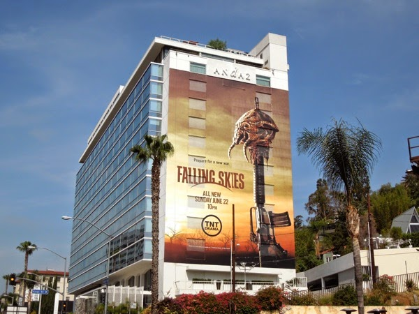 Giant Falling Skies season 4 billboard