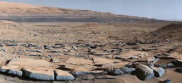 火星の地下に湖
