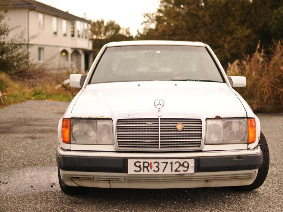 34 million kilometer 2112662 mile Mercedes Benz W124