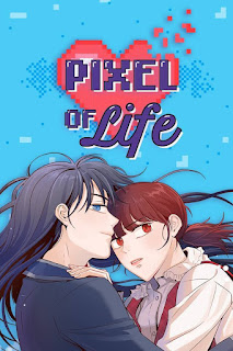 Fondo azul con un corazón y el título Pixel of Life. La portada del manga es una mujer de pelo y ojos azules y rasgos masculinos, abrazada a una mujer más baja con el pelo y los ojos rojos.