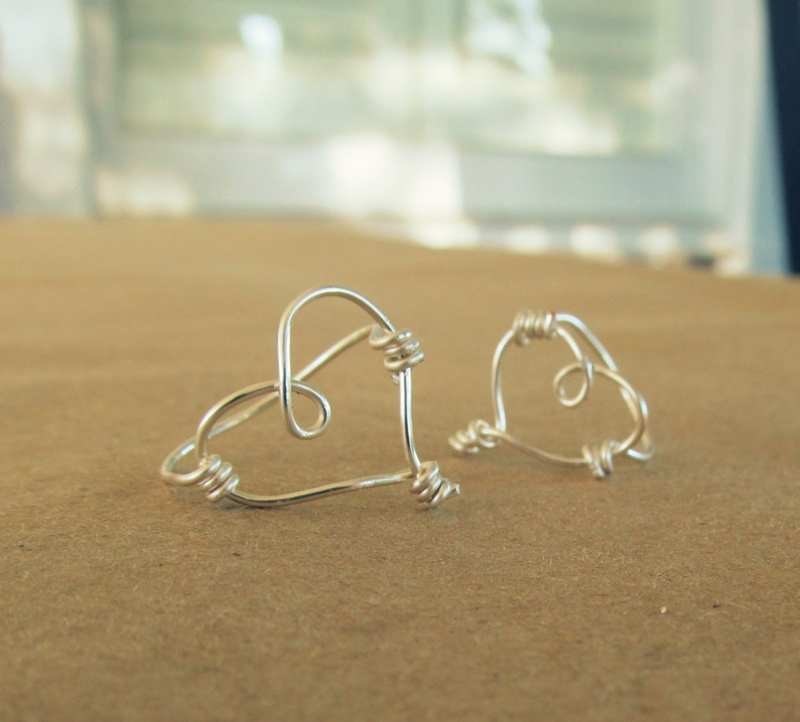 WobiSobi: Sweetheart, Wire Rings. DIY