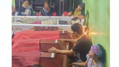 Tabrakan Beruntun di Simalungun, Peti Mati Hotdiman Sidabutar dan 3 Cucunya Berderet di Rumah Duka
