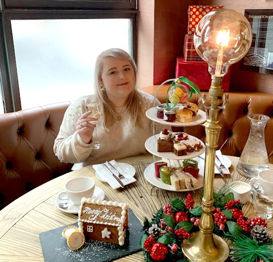 Danielle Levy, The Shankly Hotel, festive afternoon tea, the shankly afternoon tea, blogmas, liverpool blogger, food blogger, wirral blogger,