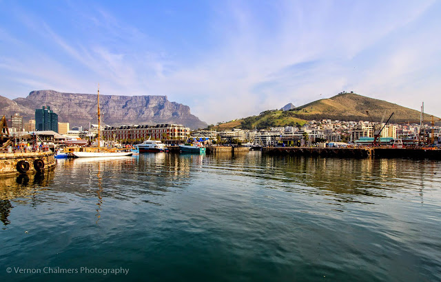Canon EF-S 10-18mm IS STM Ultra-Wide Lens V&A Waterfront Cape Town - Table Mountain Wide-Angle View