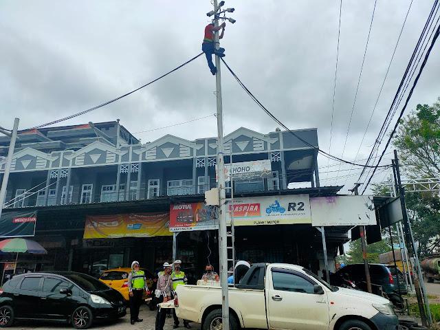 Satlantas Polres Kotim Pasang CCTV penunjang ETLE(Electronic Trafic Law Enforcement)