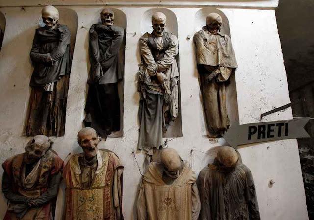 15 Lokasi di Eropa yang Menyeramkan ... Kaya Sejarah dan Cerita yang Menakutkan