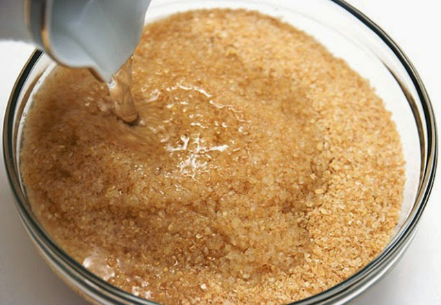 soaking bulgur in hot water