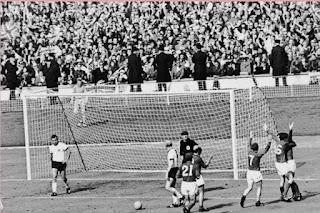 Sejarah Sepak Bola Inggris (Cikal Bakal Sepak Bola Modern)