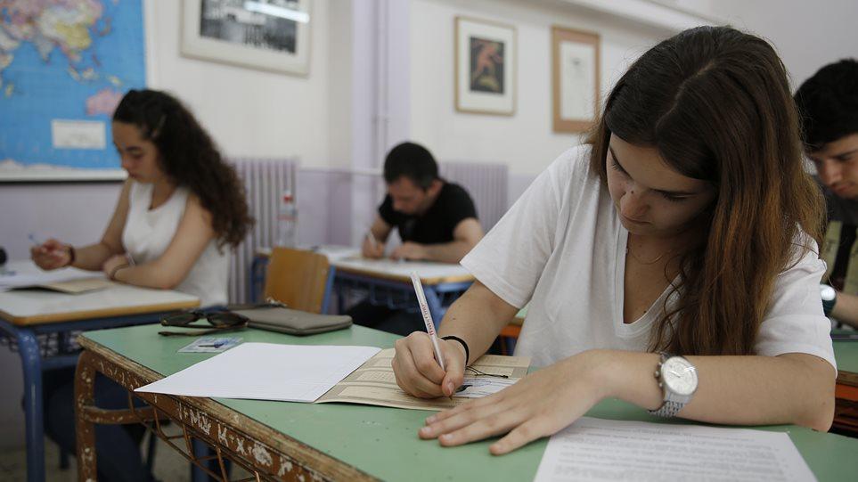 Στην τελική ευθεία για τις Πανελλήνιες: Τα «κλειδιά» για τους μαθητές