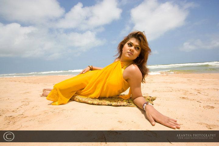 SL Hot Actress Pics: Model Rozelle Plunkett Yellow