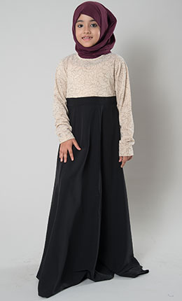 2b56513f0e3 Gift Your Darling Daughters the New Kids Abaya