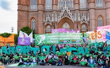 QUEBRA DA VIDA: Argentina legaliza o aborto