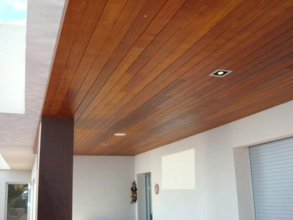 Marzua techos de madera for Falsos techos de madera