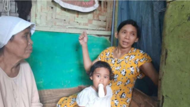 Miris, Satu Keluarga di Pandeglang Tinggal di Rumah Ambruk