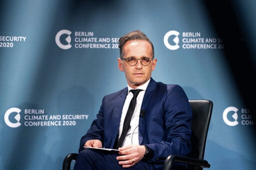 CNBC: Οι σχέσεις Γερμανίας - ΗΠΑ έχουν πληγεί βαθιά