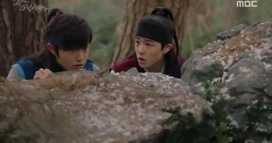 SINOPSIS The King Loves Episode 2