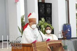 Petrus Canisius Mandagi Resmikan Gedung Gereja St. Yosep Lamdesar Barat